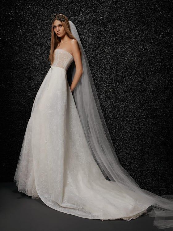 parte delantera vestido novia encaje corte sirena palabra honor espalda descubierta lise