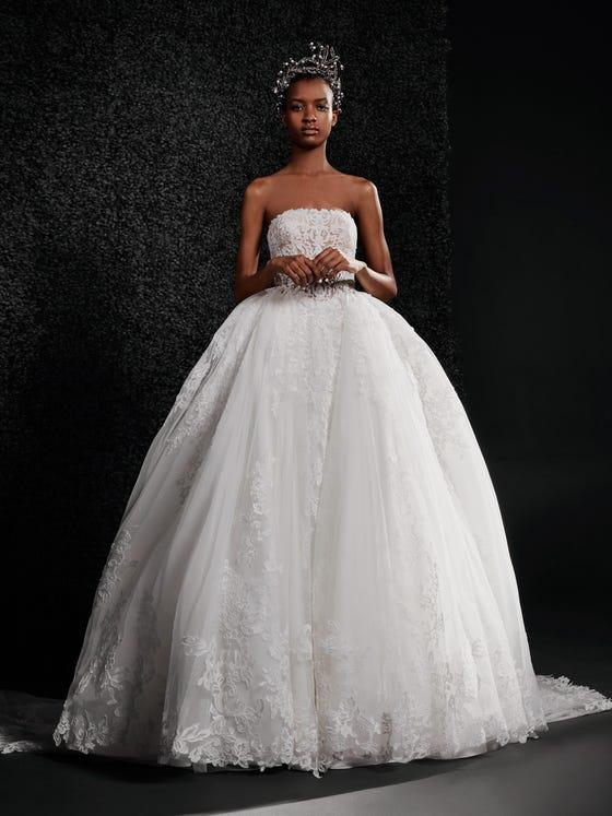 parte delantera vestido novia princesa encaje palabra honor espalda descubierta lucienne